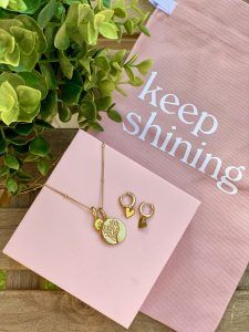 rellery necklace review