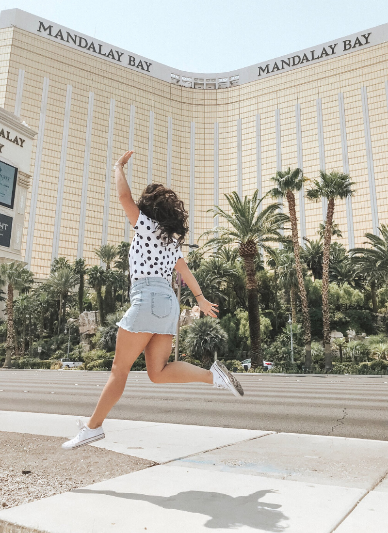 How to pack all your Las Vegas Outfits in a Carry On Bag